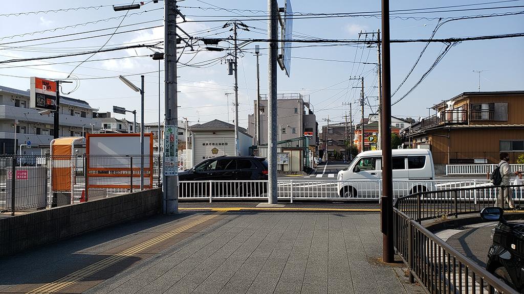高田駅 1番出口